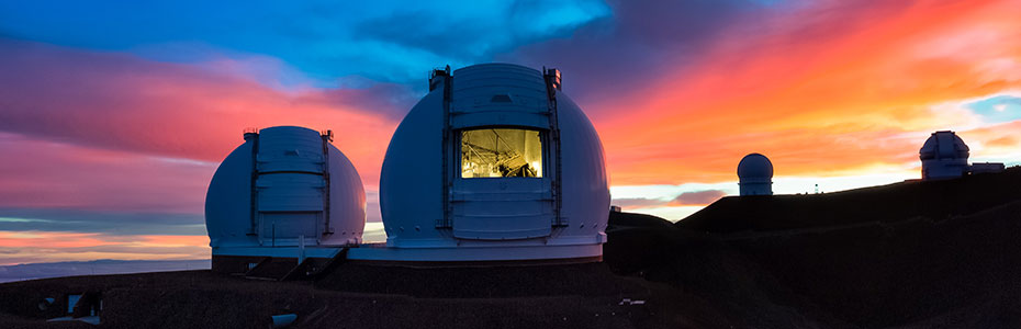 Keck_telescopes2